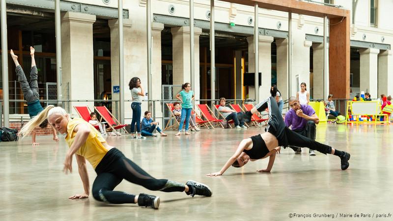 danseurs centre 104
